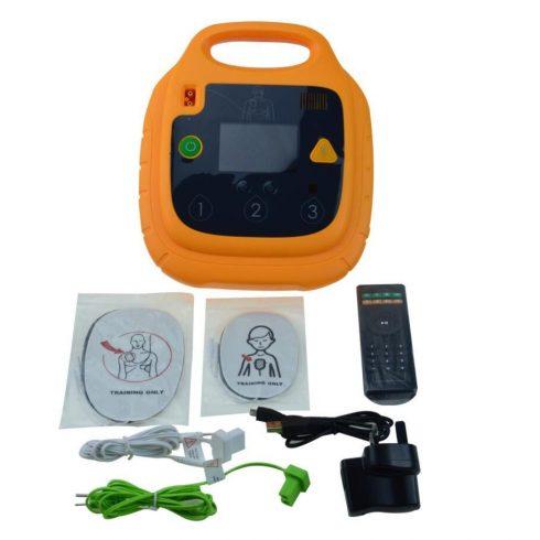 Univerzális AED Trainer